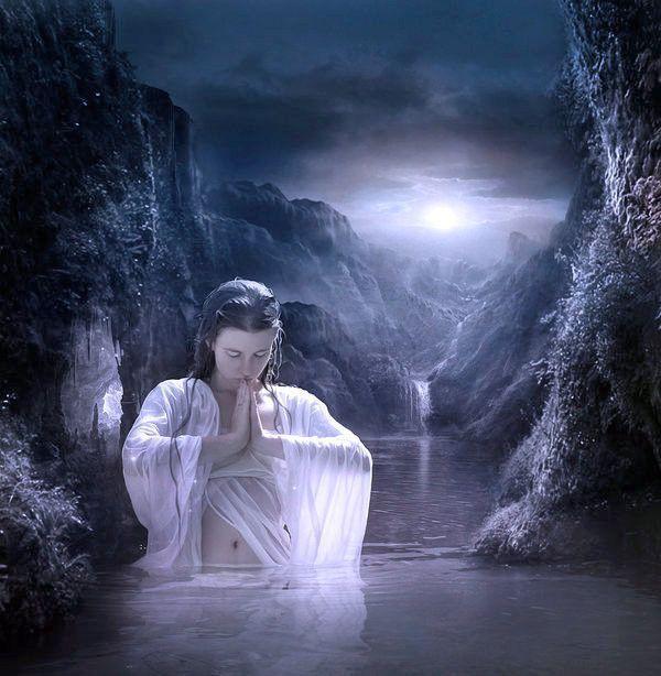 laguna de noche,de Elena Dudina